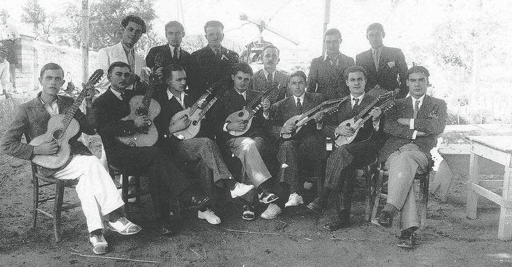 Κερδισμένη πατρίδα - Πρόσφυγες του 1922 στον Πειραιά   Α/λ/μ/α/ν/ά/κ   ΘΕΜΑΤΑ   LiFO