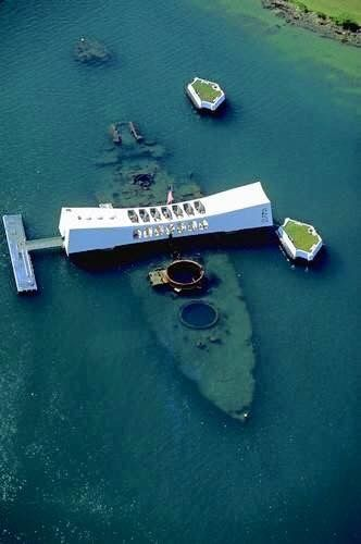 One of the most moving experiences of my life.  USS Arizona Memorial, Pearl Harbor, Oahu, Hawaii. Click and Visit. #bb39arizona
