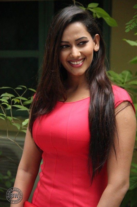 Sanjana Singh Latest Photos