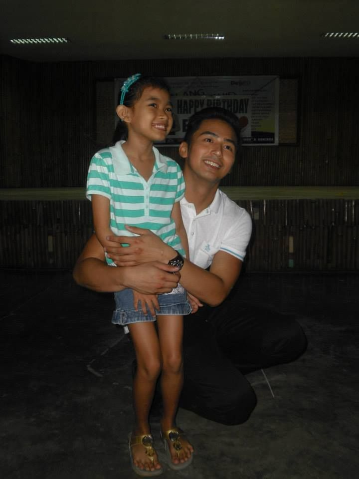 ENZO PINEDA Hosted a Feeding Program for Children on His 23rd Birthday