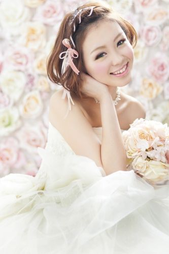 リボンを編み込みガーリーに♡ ウェディングドレス・カラードレスに合う〜ボブの花嫁衣装の髪型まとめ一覧〜