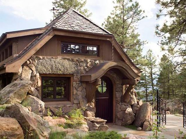 A Perfectly Rustic Tiny Mountain Home In Colorado Rustic Cottage Mountain Home Exterior Rustic Home Interiors