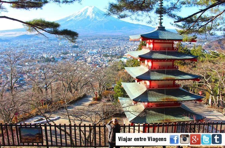O Monte Fuji é um dos lugares mais maravilhosos do Japão. Visitá-lo num dia de céu limpo e com as neves a brilhar de forma deslumbrante, foi um privilégio.