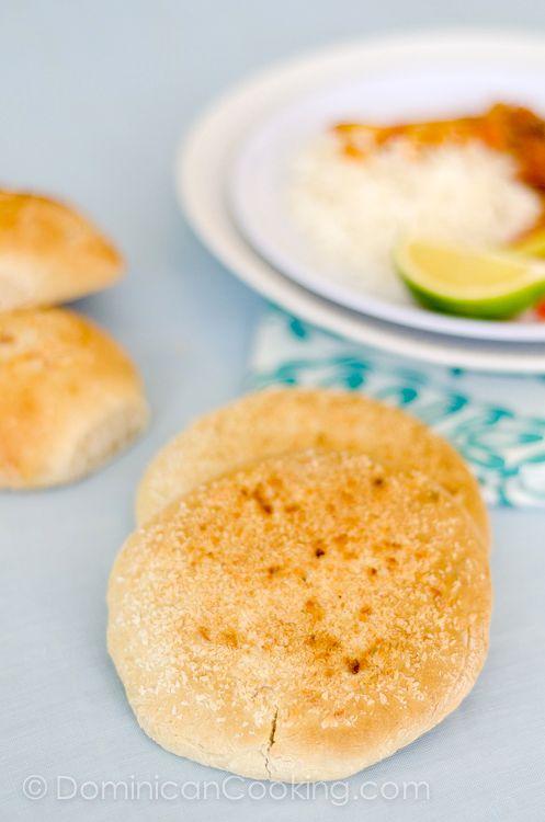 Pan de coco (coconut unleavened bread)