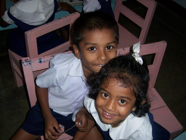 Hello up there! – Volunteer with GoEco in Sri Lanka on the Orphanage and Community Work program  – For more information visit the project page http://www.goeco.org/project/300/Volunteer_in_Sri_Lanka_Orphanage_and_Community_Work