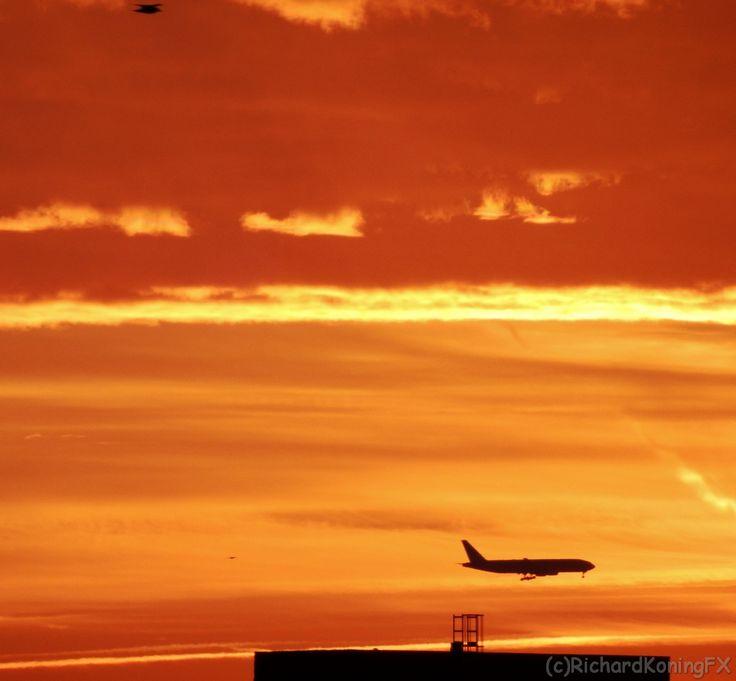 near Schiphol...planes landing on the Polderbaan
