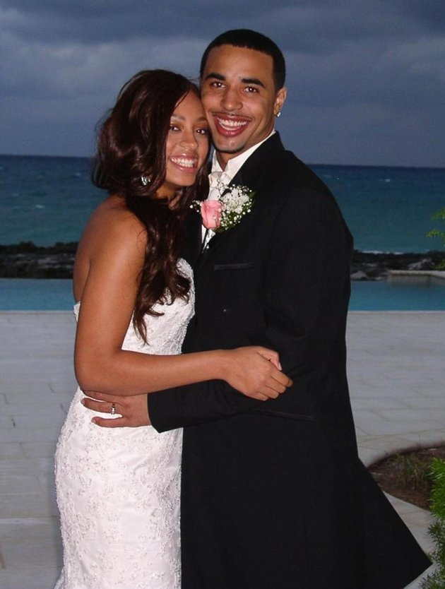 Solange Knowles, 17, and Daniel Smith, 19  Beyonce may have waited until 30 to become a mom, but her little sister, Solange Knowles, was in a bigger rush to start a family, marrying her high-school sweetheart, 19-year-old college football player Daniel Smith, in a ceremony in the Bahamas in February 2004 when she was just 17.