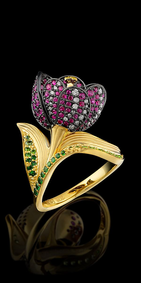 Diamond Flowers Ring - 18K yellow  gold, diamonds, black diamonds, yellow diamonds, rubies, demantoids, tsavorit.