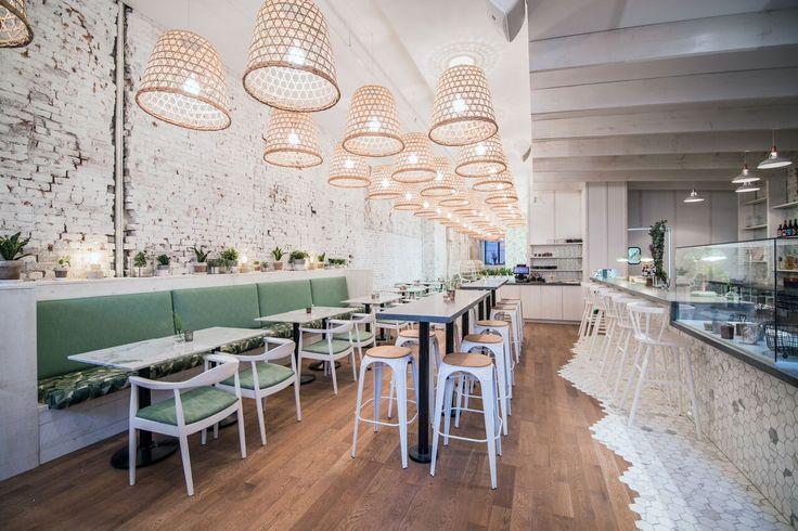 Le restaurant LOV ouvre ses portes aujourd'hui! Situé en plein coeur du Vieux-Montréal, le LOV sert une délicieuse cuisine végé et végane!