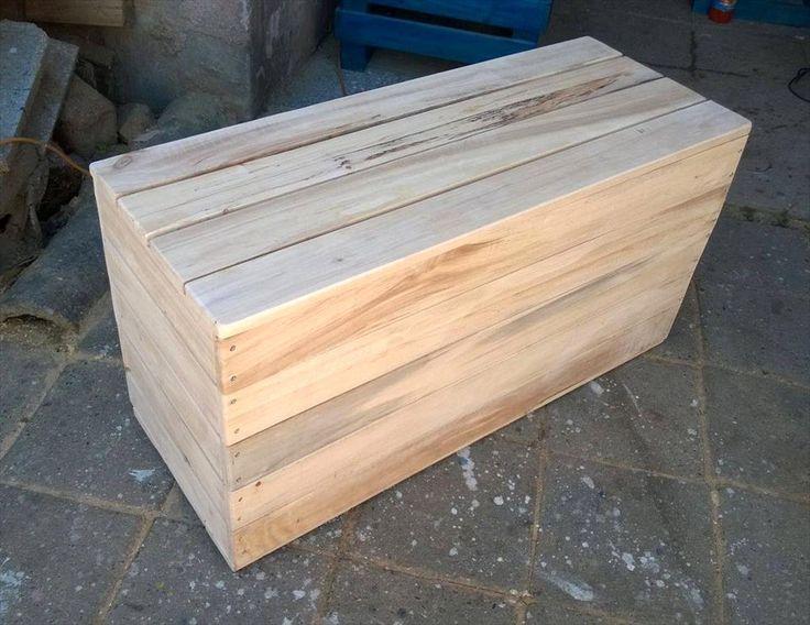 Wood Pallet Chest Box | 101 Pallet Ideas