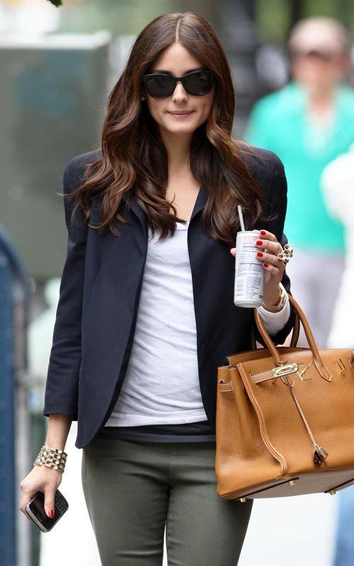 Olivia Palermo hair inspiration    http://pinterest.com/NiceHairstyles/hairstyles/ Me gustan los lentes y la bolsa
