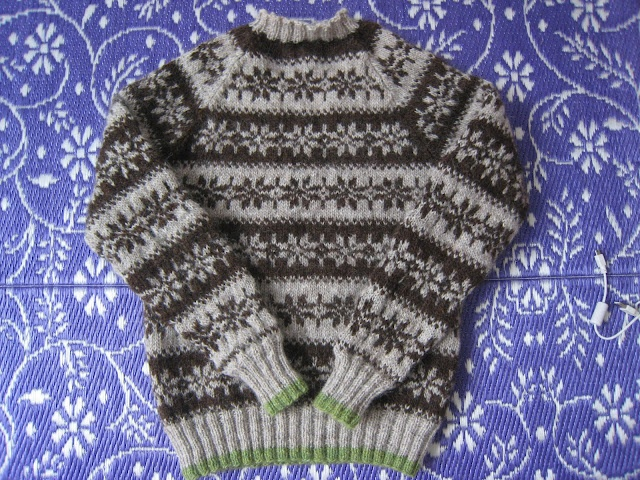 I want to make myself an icelandic sweater - but which? This one? Maybe.