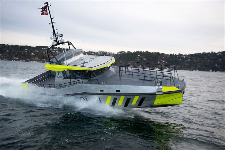 Police Boat, 15m. Equipped