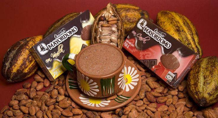 """""""Chocolate Mayordomo""""  El cacao da origen a uno de los productos más deliciosos del mundo; el chocolate que fue desarrollado en el siglo XIX.  El árbol del cacao tiene como nombre científico theobroma cacao L. que proviene del griego que significa """"alimento de los dioses"""".  Disponible en nuestra tienda en línea www.mariajuanaart.com / www.mariajuanaart.es  #cacao #chocolate #Mayordomo #MaríaJuanaArt #art #artesanal #Oaxaca #MJ """