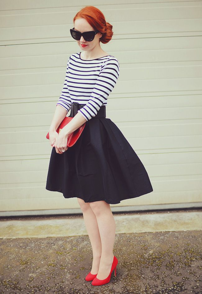 50s skirt and red shoes From the excellent Blog http://www.foreveramber.co.uk/