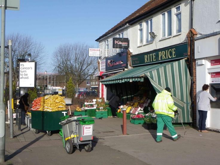 Rite Price fruit & veg shop in Langley, Slough.