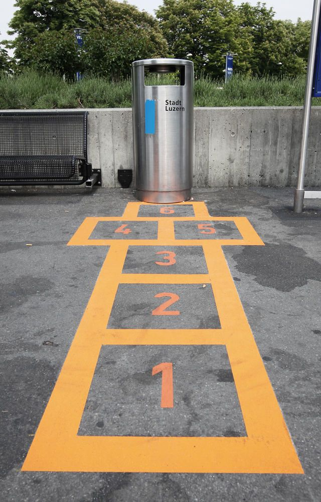 Hopscotch your way to the garbage. Creative campaign in Switzerland to take action against littering - Lucerne Shrines