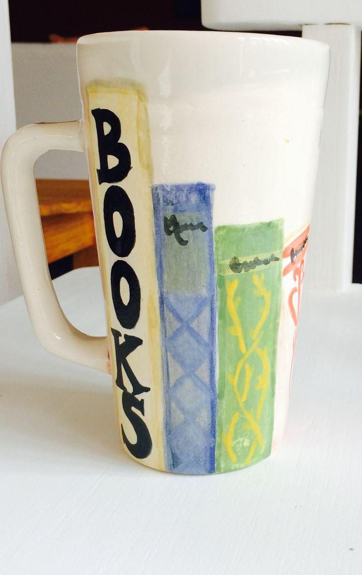 Taza Ceramica. Books. 💜