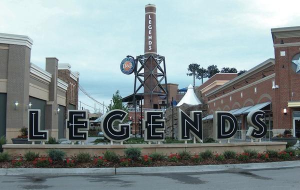 Legends Outlet Kansas City Mo