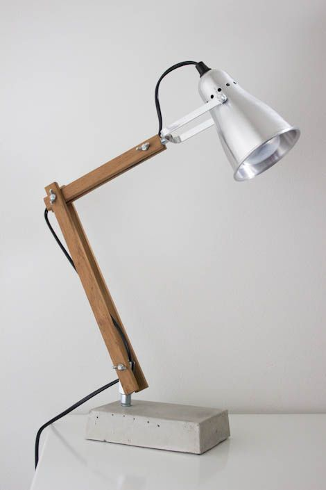 Diy Indusrtial style wooden desk lamp with concrete base