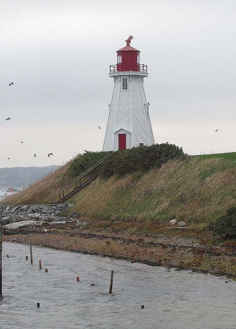 Mulholland Point lighthouse [1885 - Campobello Island, New Brunswick, Canada]