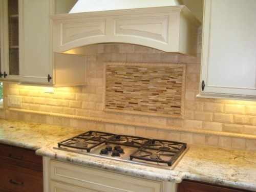 Beveled Subway Tile Backsplash. U Bahn Fliesen ...