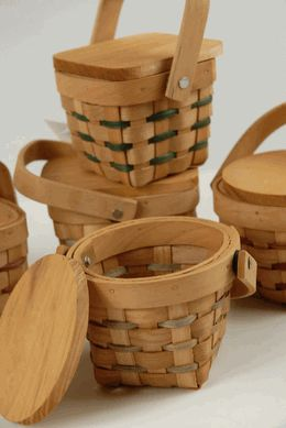 """Picnic Baskets Miniature 3"""" Wood with Lids"""