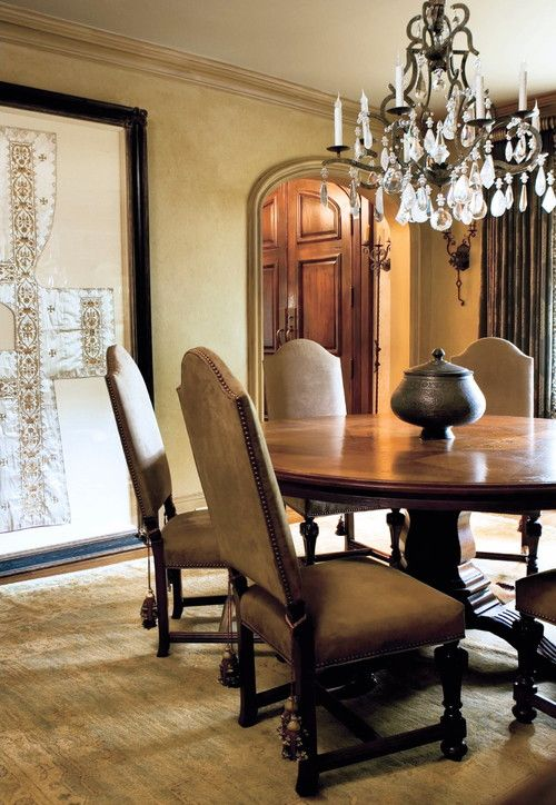 Buckhead historic home. Joel Kelly Design.: Mediterranean Homes, Kelly Design, Mediterranean Dining, Dining Rooms Furniture, Joel Kelly, Dining Rooms Tables, Dining Rooms Design, Round Tables, Design Idea