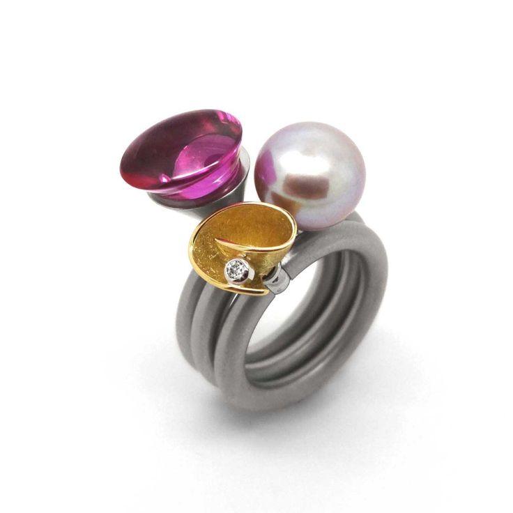 Pur Swivel - Gold & Diamond Fold Ring Set