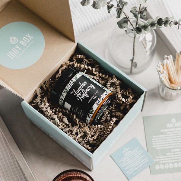 Gift a monthly artisan candle subscription | Iggy Box ...