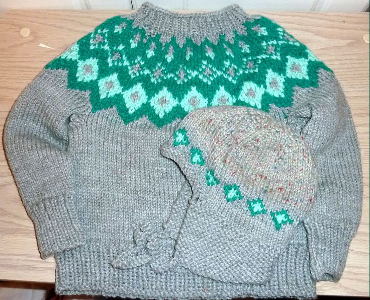 Heavy Knit Sweater and Hat Set 4/5 Years Handmade by SouthamptonCreations on Etsy