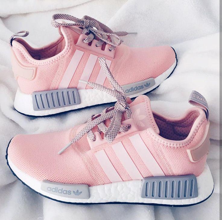 Adidas Originals Nmd In Baby Rosa Grau Weiss Rose Grey White Foto Xoxolivii Adidas A Pink Nike Shoes Design Nike Shoes Adidas Originals Nmd