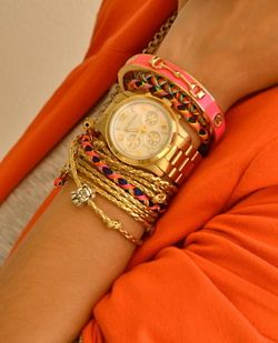 more stacked bracelets.: Arm Candy, Arm Party, Color Combos, Stacking Bracelets, Armcandi, Wrist Candy, Michael Kors Watches, Gold Watches, Accessories
