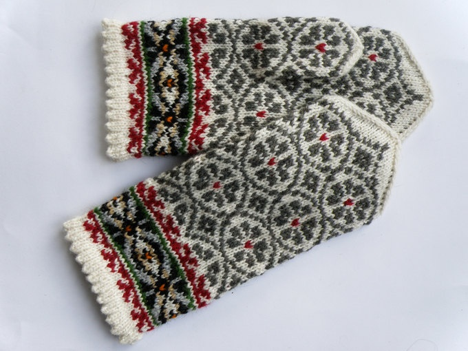 High quality hand knitted warm wool mittens , gloves patterned Grey and White flowers. $50.00, via Etsy.