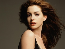 Anne Hathaway 9 (click to view)