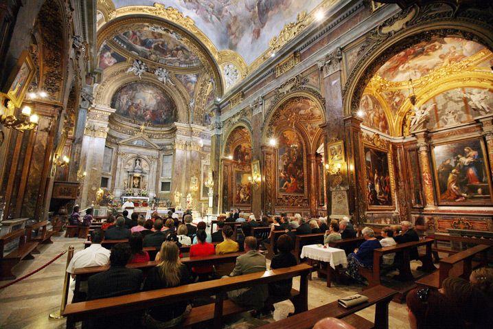 A wedding in Rome at the Basilica di San Silvestro • Italian Wedding Photographer Jules