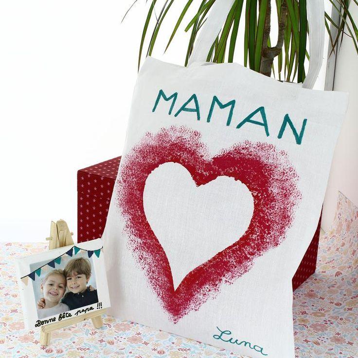 Bricolage de fête des mères : Tote bag à motif coeur sans pochoir – Idées conseils et tuto Fête des mères