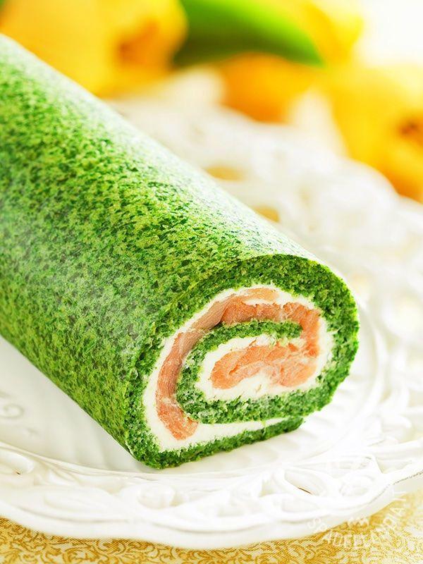 Spinach roll and salmon - Il Rotolo di spinaci e salmone è una vera delizia, perfetto anche per una cena raffinata, dato che è molto scenografico! #rotolodispinaci