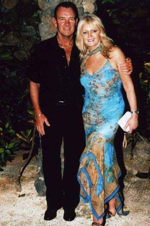 Bonnie Tyler & Robert Sullivan #bonnietyler #gaynorsullivan #gaynorhopkins #robertsullivan #thequeenbonnietyler #therockingqueen #rockingqueen #love