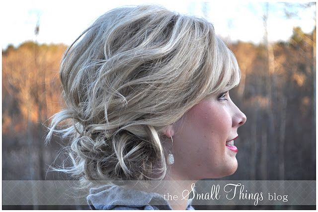 http://www.thesmallthingsblog.com/2011/12/loose-and-to-side-updo.html