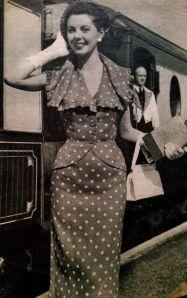 Pamela Crampton, 1950s fashion, 1950s trend, 1950s model