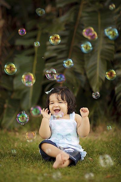 Tumblr-Perth Family Photography/Erin Elizabeth photography bubbles #photography #kids #ideas