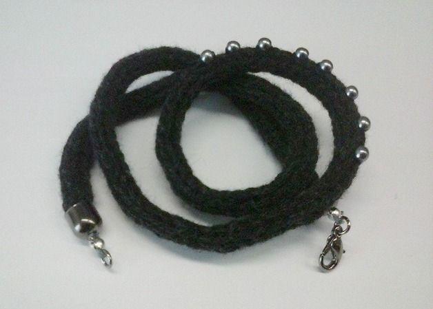 Braccialetto tricotin grigio scuro in lana