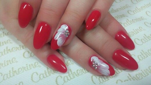 #cathrinenailcollection#nailart#marinamalinin#cathrineelitestudiomueden#red