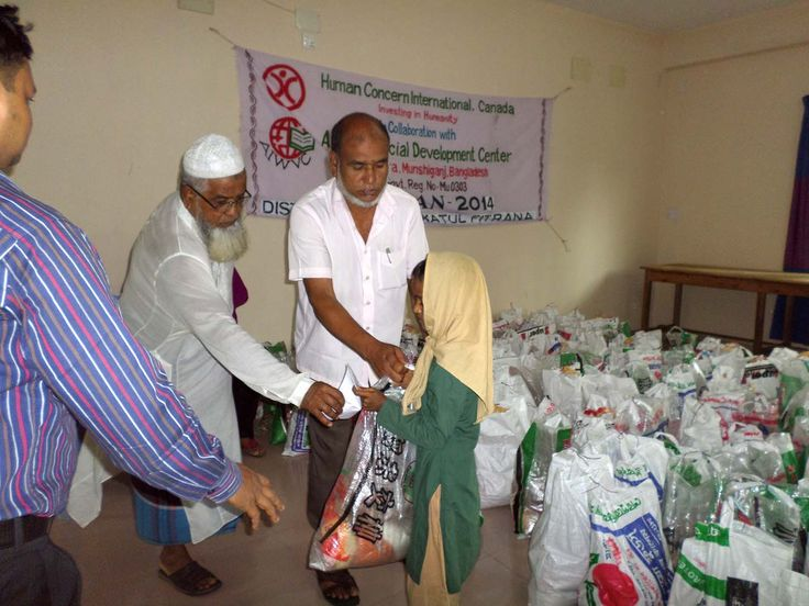 Zakat afitr is for the poor but can we pay it to non Muslims?  A good question...   Find out here:   http://aboutislam.net/counseling/ask-about-islam/zakat-ul-fitr-can-pay-non-muslim/?utm_term=&utm_content=buffercb8f2&utm_medium=social&utm_source=pinterest.com&utm_campaign=buffer