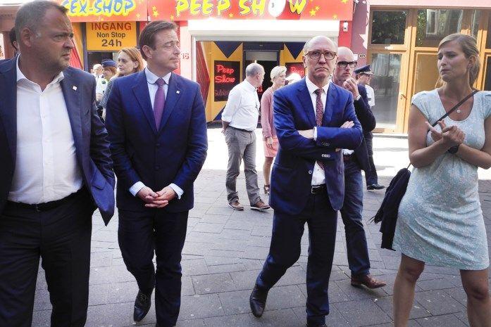 Vande Lanotte en De Wever samen 'op stap' in rosse buurt
