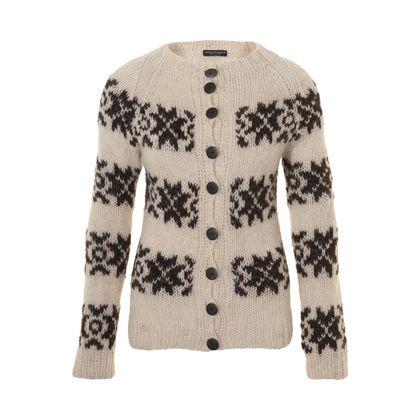 Wit gebreid vest met zwart patroon. #breien #trui