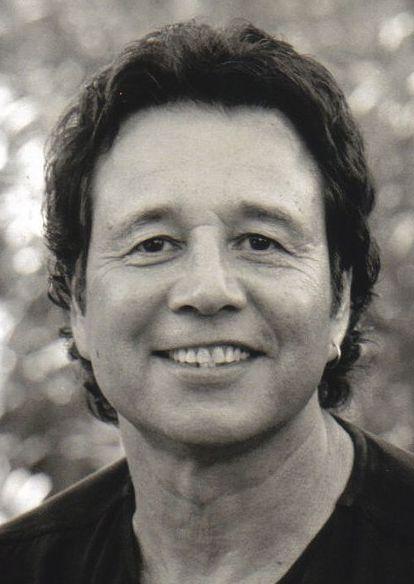 Chris Montez 17-01-1943  Mexicaans-Amerikaanse zanger. Hij is vooral bekend van zijn hit Let's dance.  https://youtu.be/pQ-DAdcMsy0