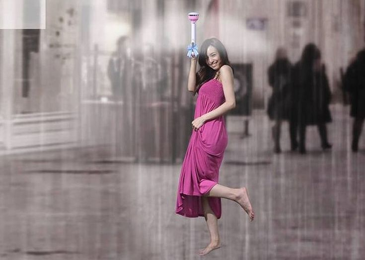 Chinese Inventors Have Created An 'Air Umbrella' That Blows Rain And Snow Away  Read more: http://www.citylab.com/weather/2014/10/china-disrupts-the-parasol-industry-with-the-air-umbrella/381526/#ixzz3GRQR17i5