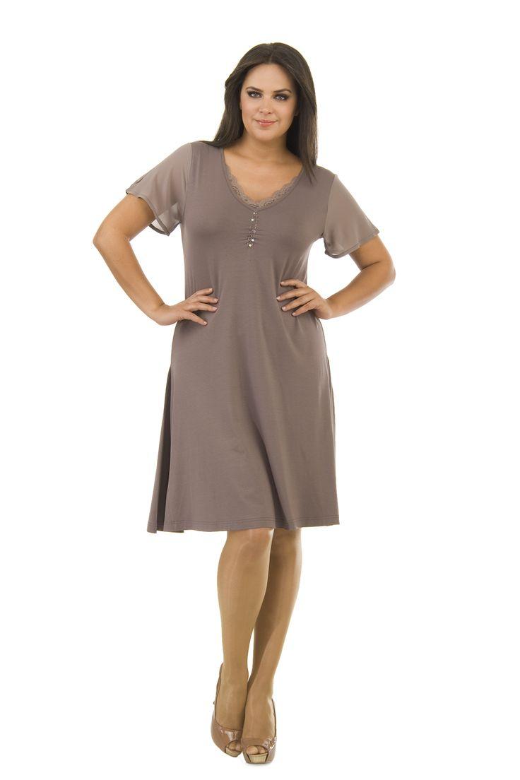 Büyük Beden Elbiseler | Pembe.Org | Sosyal Kadın Portalı